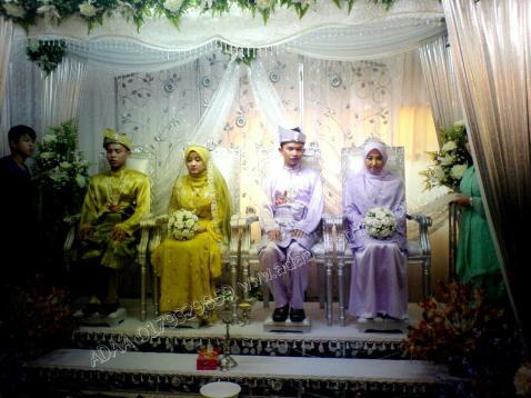 MAJLIS MENGENAL: 2 pasang pengantin